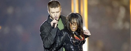 "Image: Unfair? Over A Decade After ""Nipplegate,"" Janet Jackson Fans Upset Justin Timberlake Allowed To Do Superbowl Halftime Show"